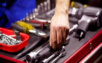 Starting An Auto Shop: Installing Equipment into Insurance Basics